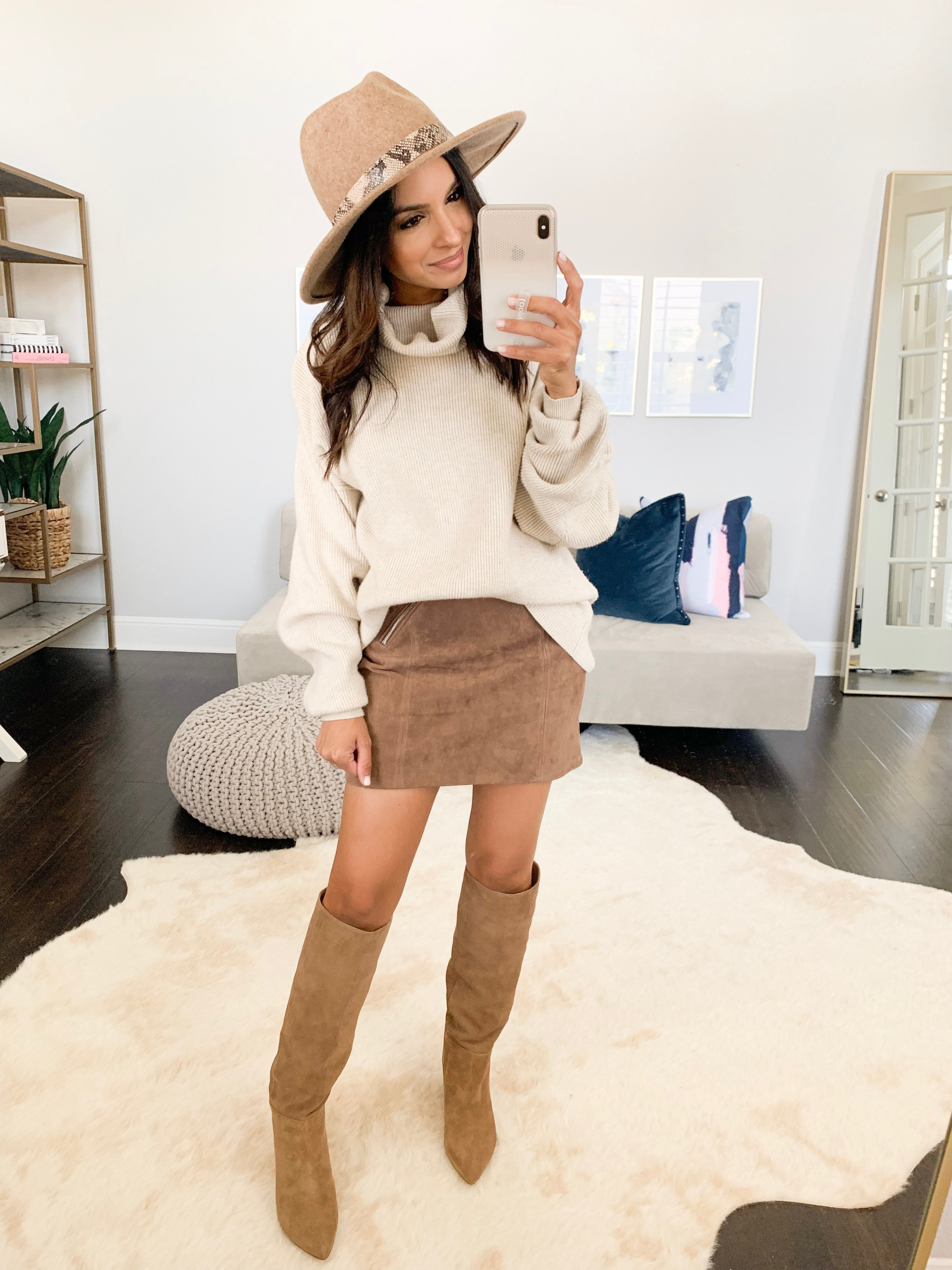 Sweater (XS) // Suede Mini (24) // Boots (TTS) // Hat
